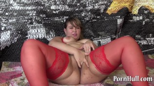 Beautiful bbw with hairy by a pussy, handjob!